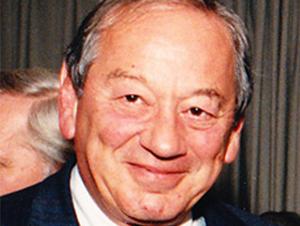 På generalforsamlingen blev Fini Schulsinger valgt til æresmedlem af DPS